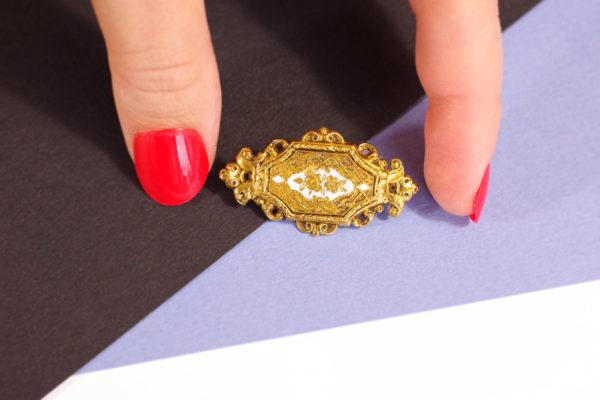 Broche Napoleon III en or jaune 18k