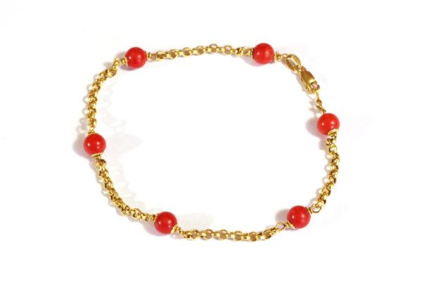 bracelet vintage perle de corail or jaune 18k