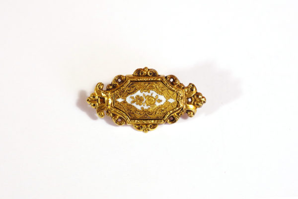 victorian flower brooch in gold